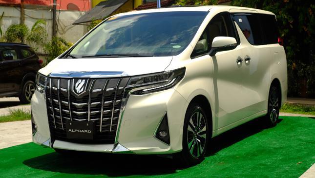 Sewa Mobil Alphard Jakarta Pusat
