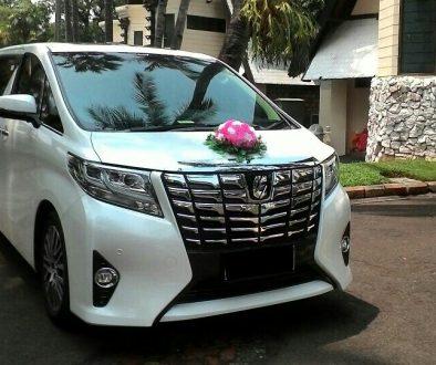 Sewa Mobil Pengantin Alphard di Jakarta
